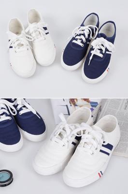 <b>leaf Shoes</b>