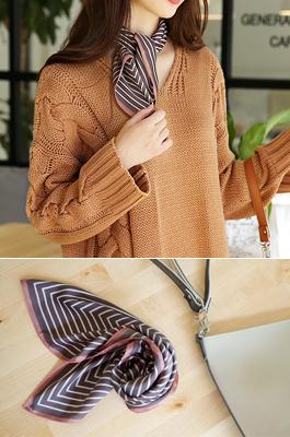 <b>Eau Hill scarf</b>