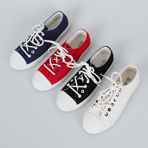 <b>Lair Shoes</b>