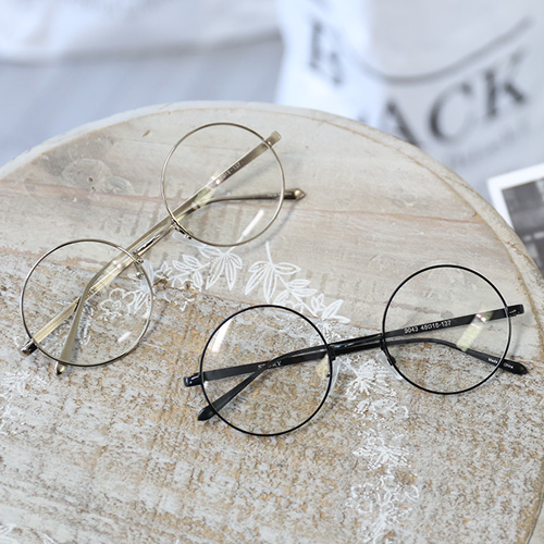 <b>Draw round glasses [9043]</b>