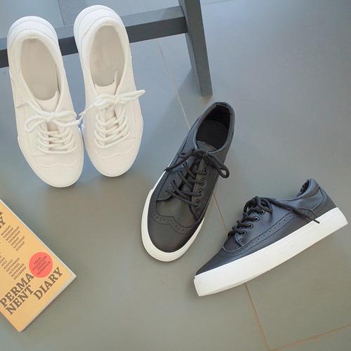 <b>Punching de Shoes</b>
