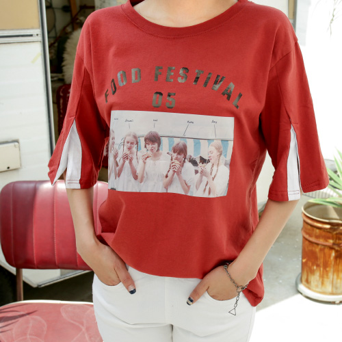 <b>Picture Slit Sleeve Tee</b> <br><br> <font color=red>[Book Sales] 5/30 Sequential Shipping</font> </br>