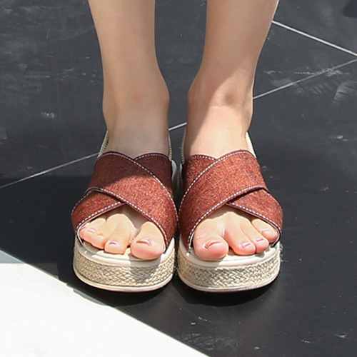 <b>Timothy Cross Sandals</b>