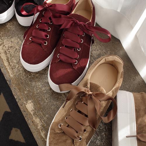 <b>Holt Velvet Shoes</b>