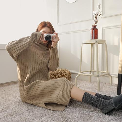 <b>Freon Corrugated Polo Knit Dress</b>