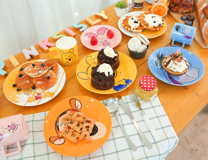 <b>[Pink Sisley X Disney] Pooh and friends plate set of 4</b>