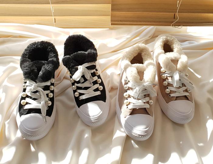 <b>Arpels pearl Fur Shoes</b>