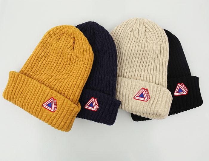 <b>Triangle embroidery beanie-hat</b>