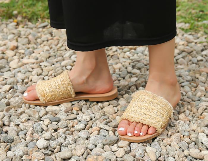 <b>Straw holly shoes (1.5cm)</b>