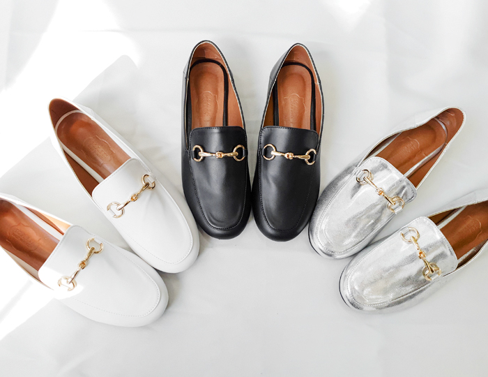 <b>chic buckle Loafers</b>